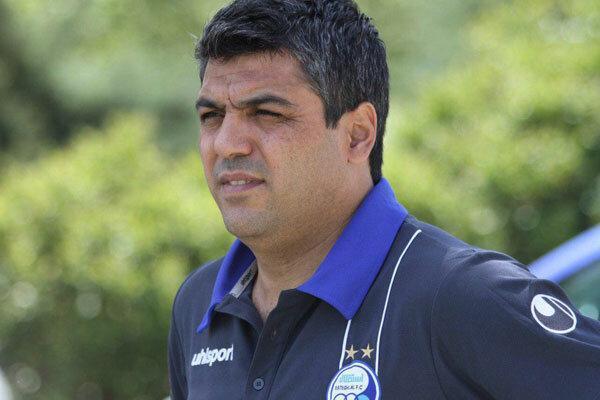 ستار همدانی از سرپرستی تیم فوتبال استقلال استعفا کرد