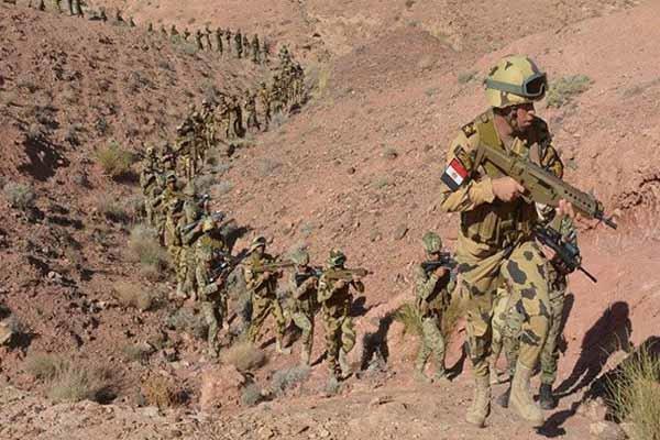 کشته شدن 17 عنصر تکفیری در عملیات ارتش مصر