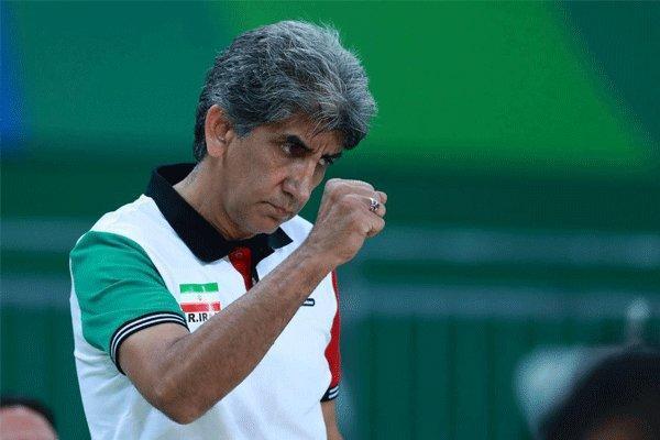 گفتگوی مهر با مربی که در یک هفته از دو فدراسیون حکم گرفت