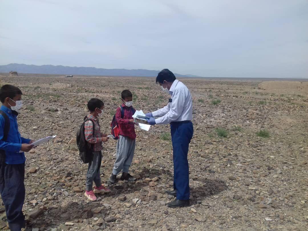 خبرنگاران دانش آموزان عشایر و روستایی از آموزش محروم نیستند