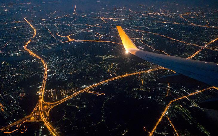 زیبایی های شب در شهرهای دنیا از پنجره هواپیما