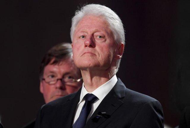 مامور سابق سیا اعتراف کرد،کلینتون مانع کشتن بن لادن در 1998 شد
