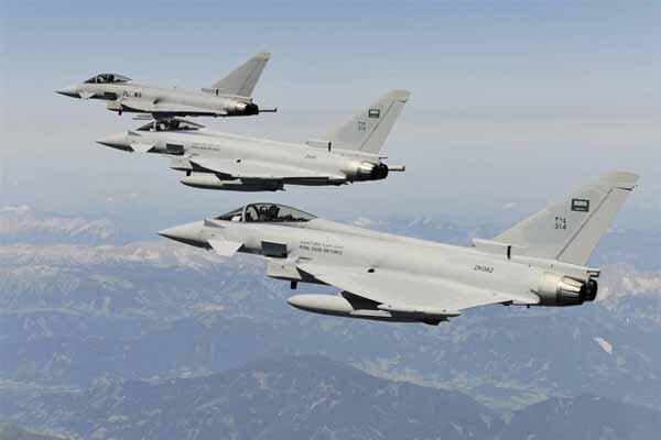 جنگنده های سعودی استان های صعده و مأرب یمن را بمباران کردند