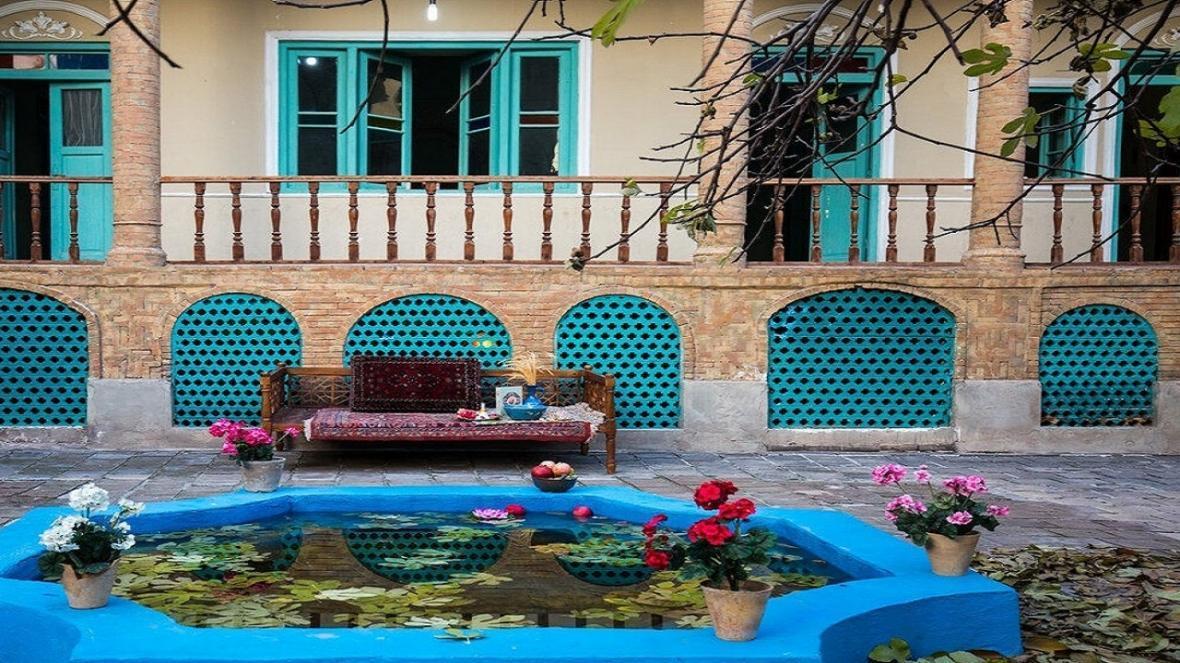 تصویر عمارت موتمن الاطبا در تهرانگرد