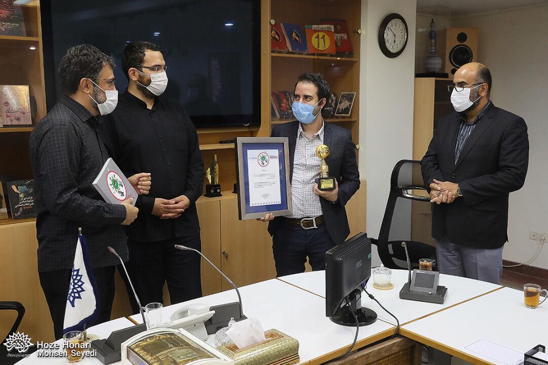 خبرنگاران هنرمند ایرانی کرونا را شکست داد