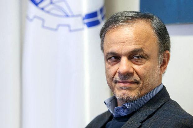 رزم حسینی: شیوه های بهینه برای فروش و پیش فروش خودرو طراحی گردد