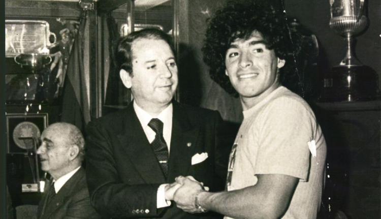 ماجرای لگدی که به ماتحت دیگو مارادونا زدند