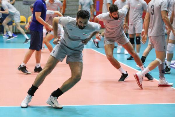 تمرین ملی پوشان والیبال ایران قبل از بازی با ژاپن