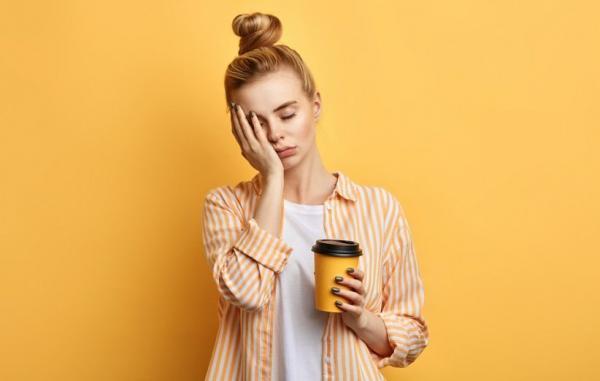 9 علت پزشکی برای خستگی مزمن و راه های درمان آن